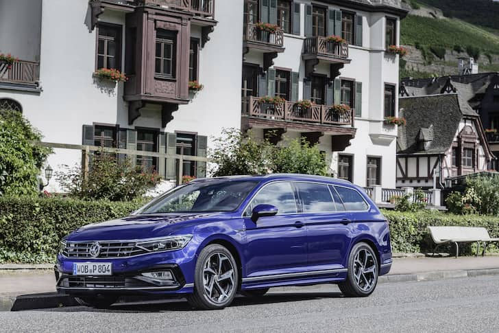 Volkswagen Passat estate review 2019 - front | The Car Expert
