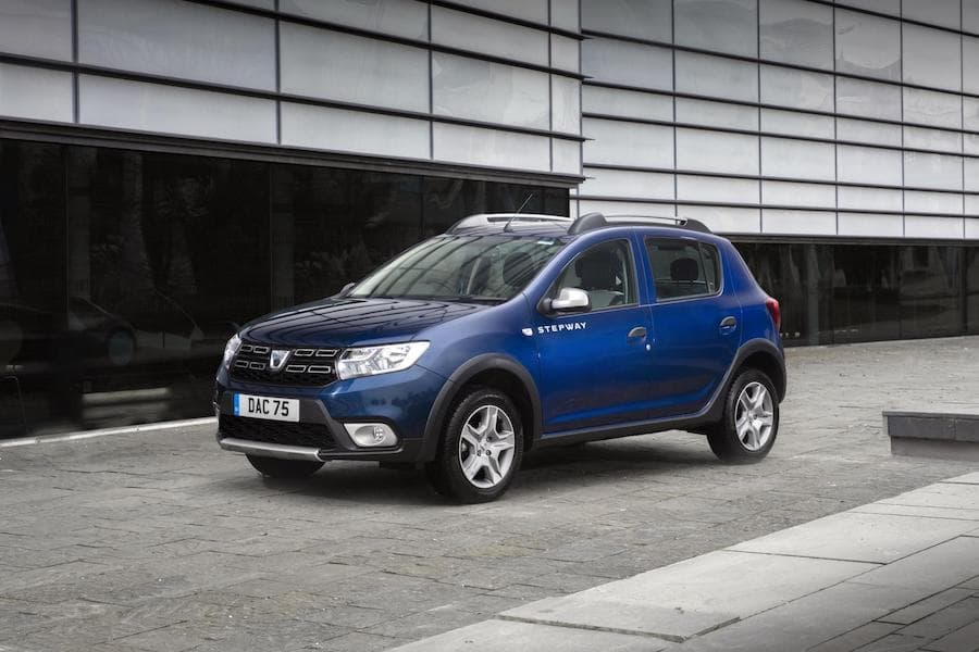 Dacia Sandero Stepway (2019) front view | The Car Expert