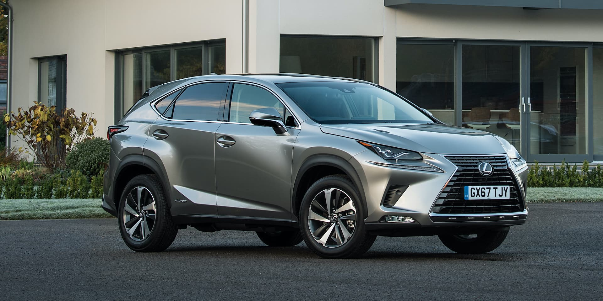 Lexus NX (2014 onwards) Expert Rating