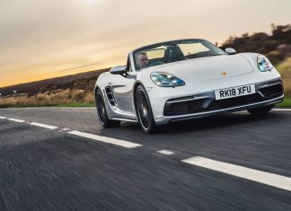 Porsche 718 Boxster GTS (2018) new car ratings and reviews | The Car Expert