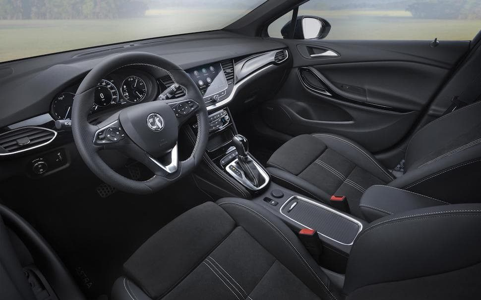 2020 Vauxhall Astra interior facelift | The Car Expert