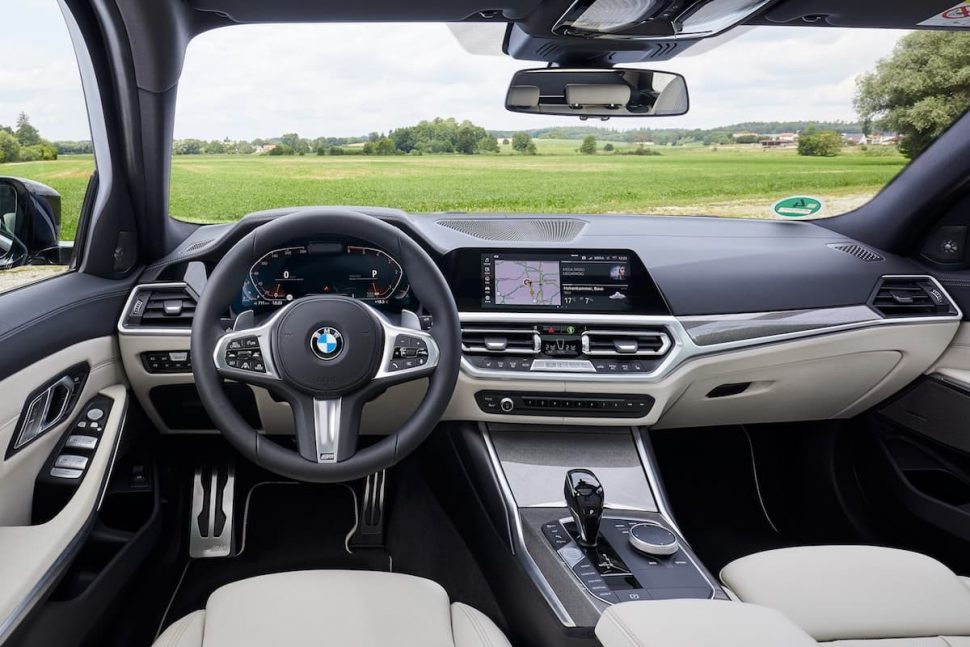 2020 BMW 3 Series Touring review - interior and dashboard | July 2019 | The Car Expert