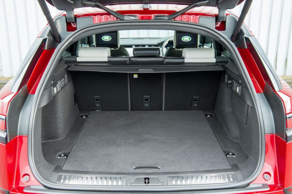 Range Rover Velar review 2019 - boot space | The Car Expert