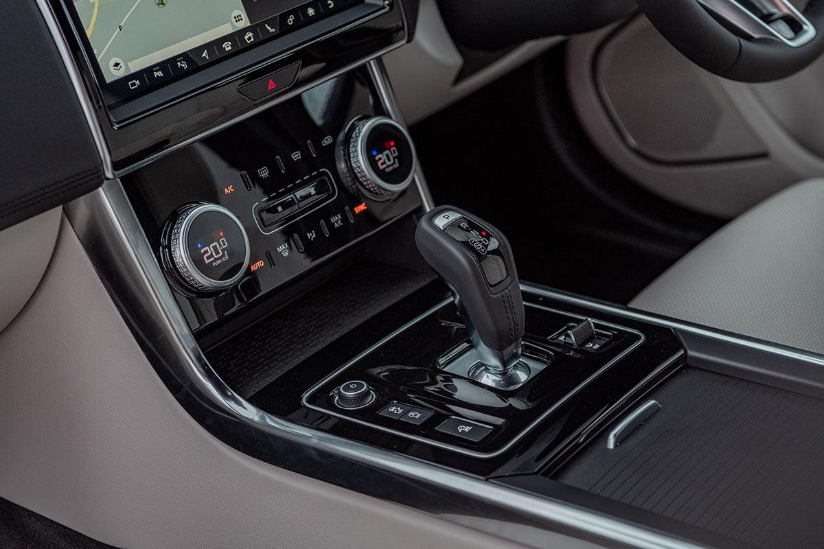 Jaguar XE 2020 info The Car Expert