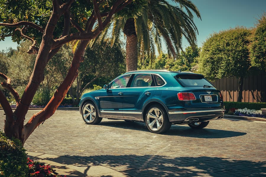 Bentley Bentayga (2016-2020) - rear view