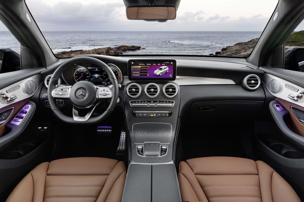 Mercedes-Benz GLC (2019) interior and dashboard | The Car Expert
