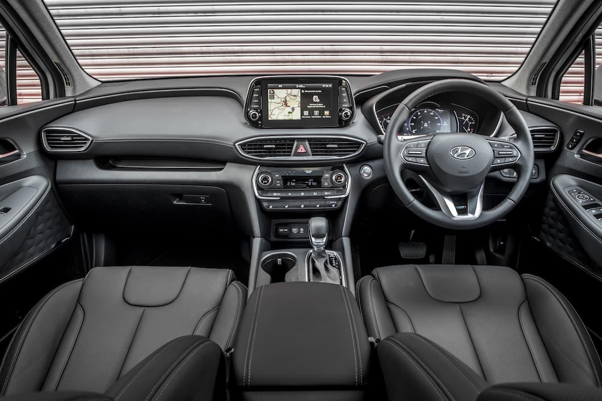 Hyundai Santa Fe (2018) interior and dashboard | The Car Expert