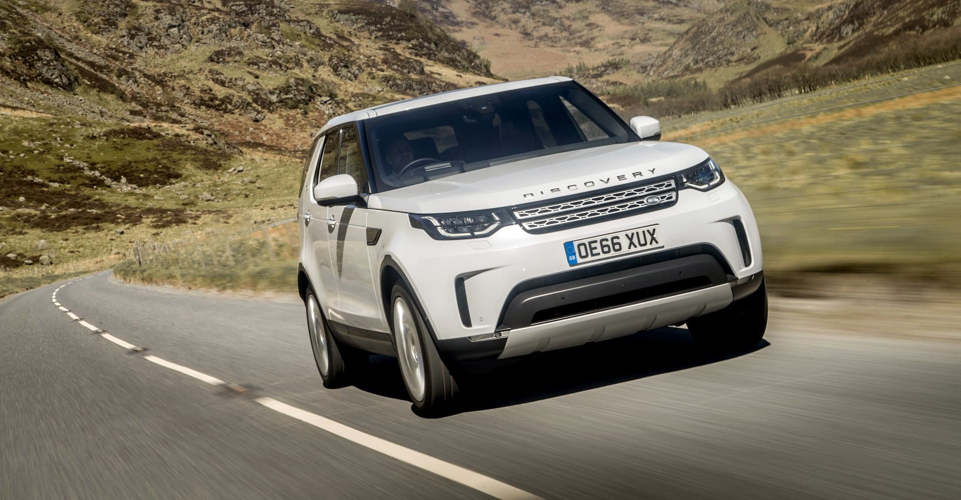 Land Rover Discovery 5 (2017) new car ratings and reviews   The Car Expert