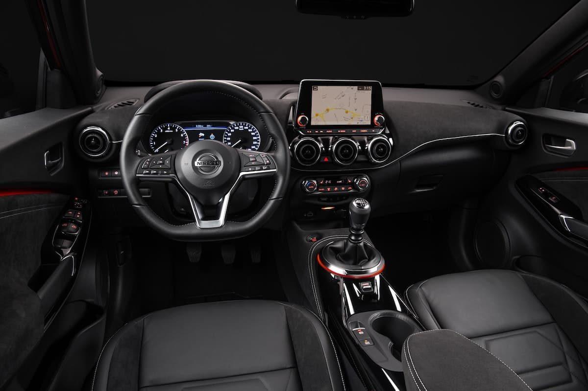 2020 Nissan Juke interior and dashboard | The Car Expert