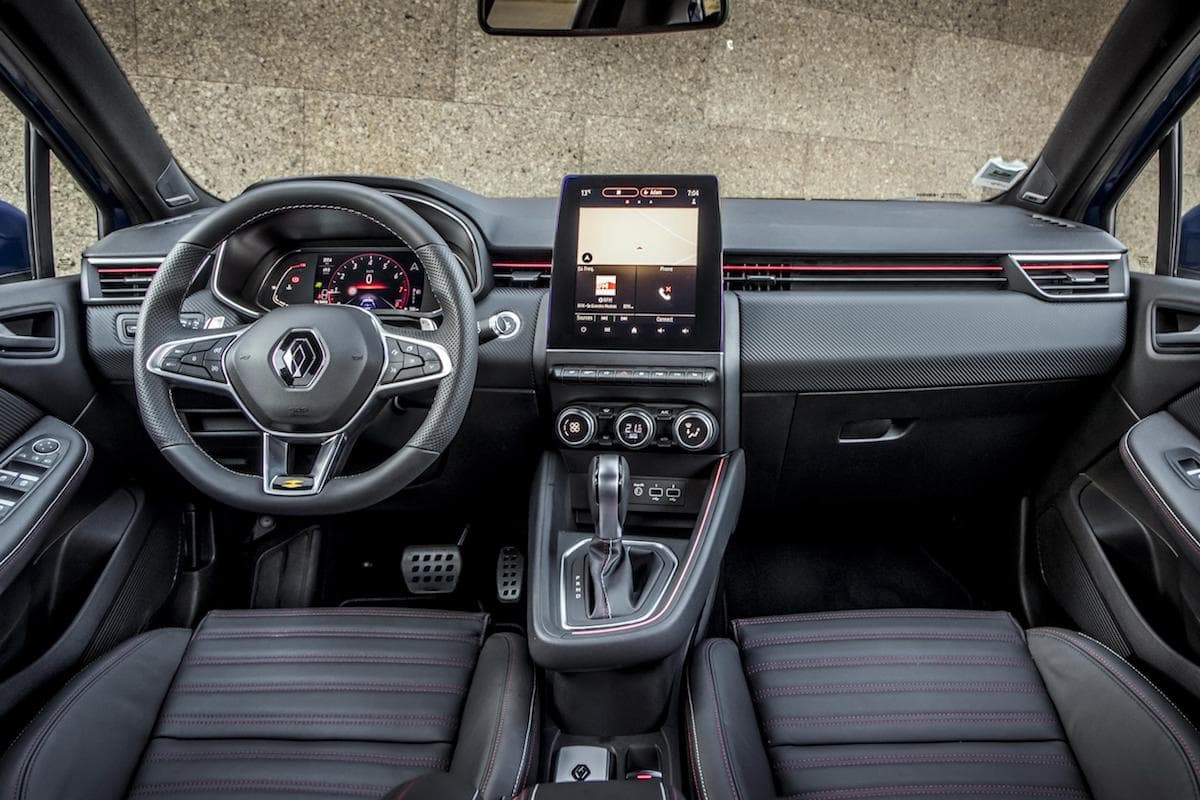 Renault Clio (2019) interior and dashboard | The Car Expert