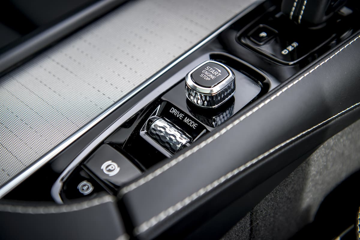 Volvo XC90 R-Design interior detail | The Car Expert