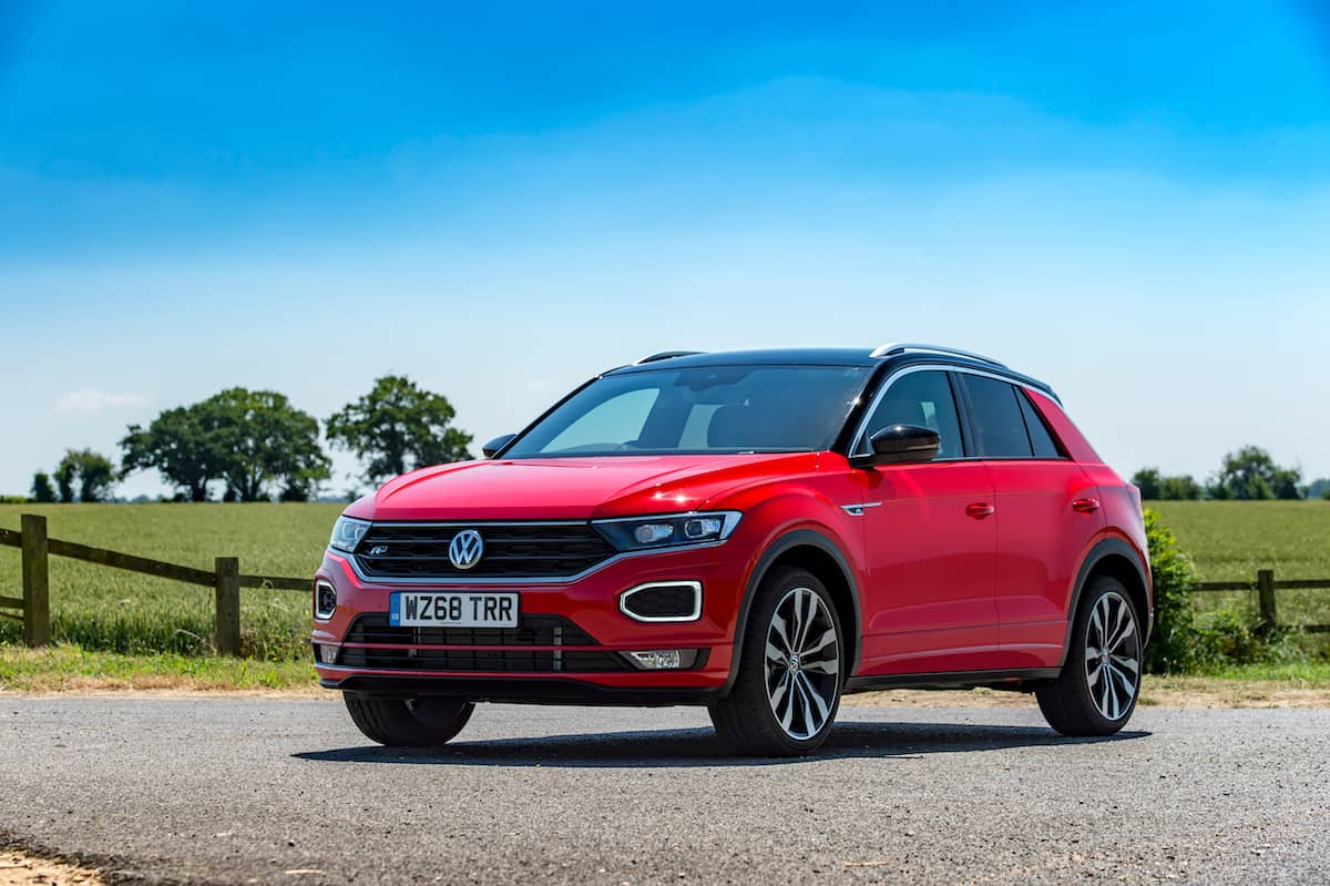 Volkswagen T-Roc R-Line (2018) front view | The Car Expert