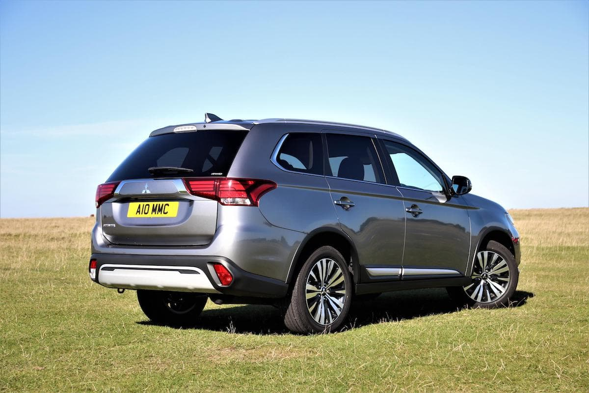 2020 Mitsubishi Outlander petrol - rear | The Car Expert