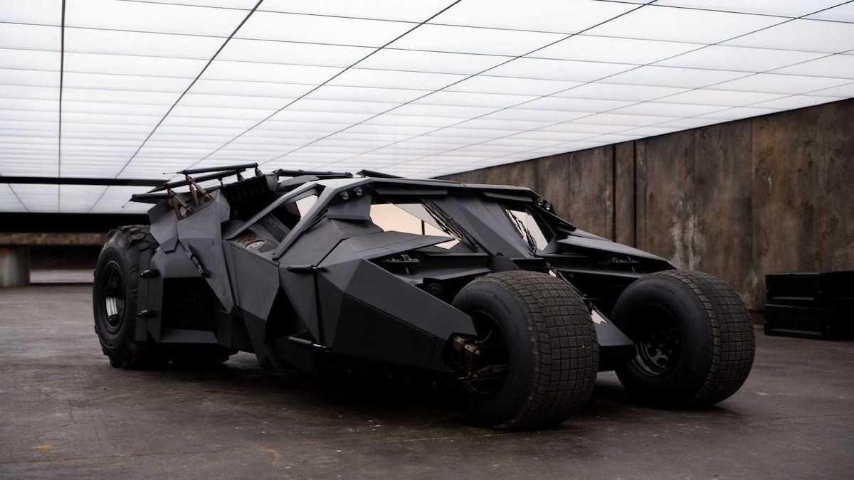 Batmobile 2005 – the Tumbler | The Car Expert