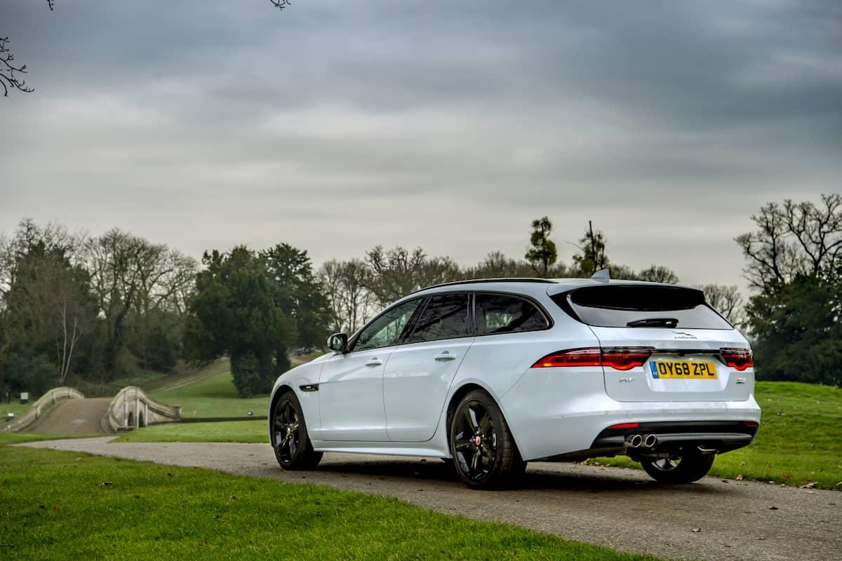 Jaguar XF Sportbrake (2017 onwards ) - rear view | The Car Expert