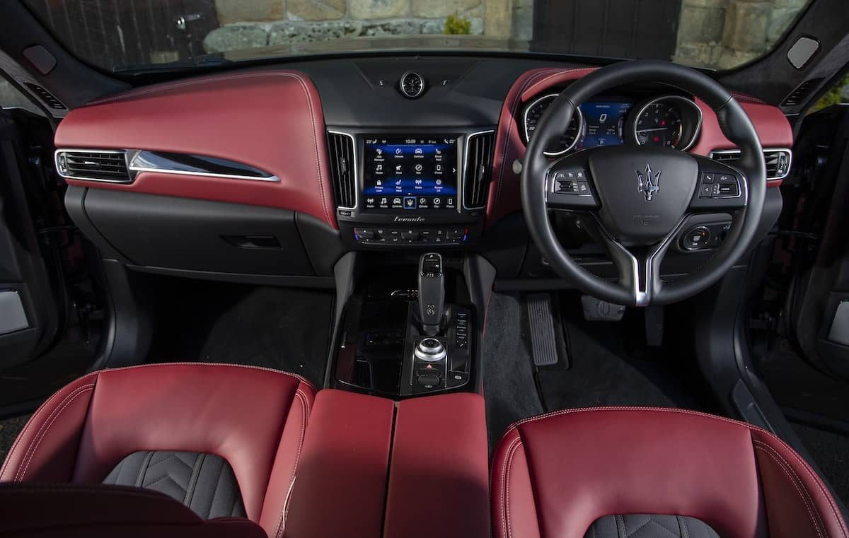 Maserati Levante review 2019 - interior and dashboard | The Car Expert