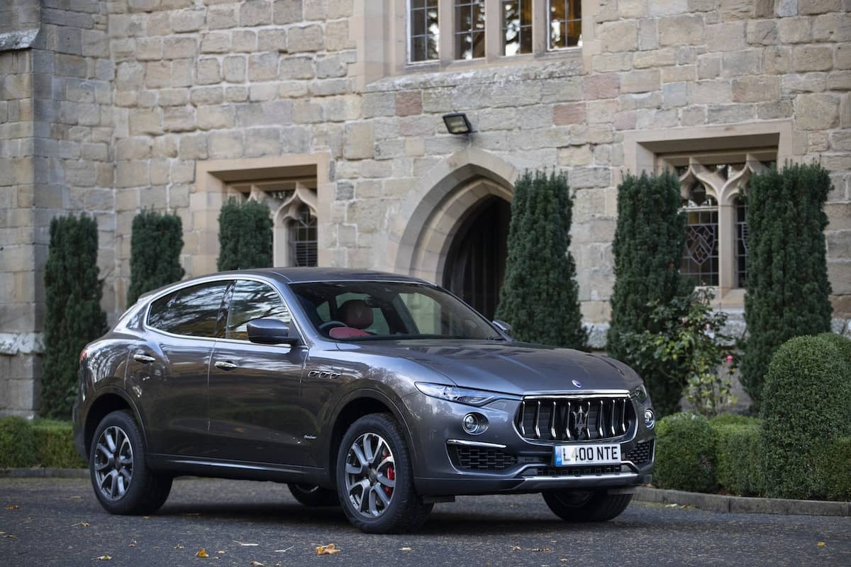Maserati Levante GranLusso - front view | The Car Expert