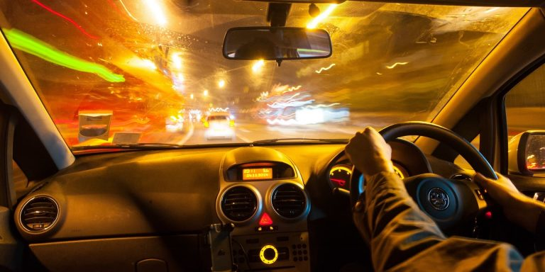 How to stay safe when driving in the dark