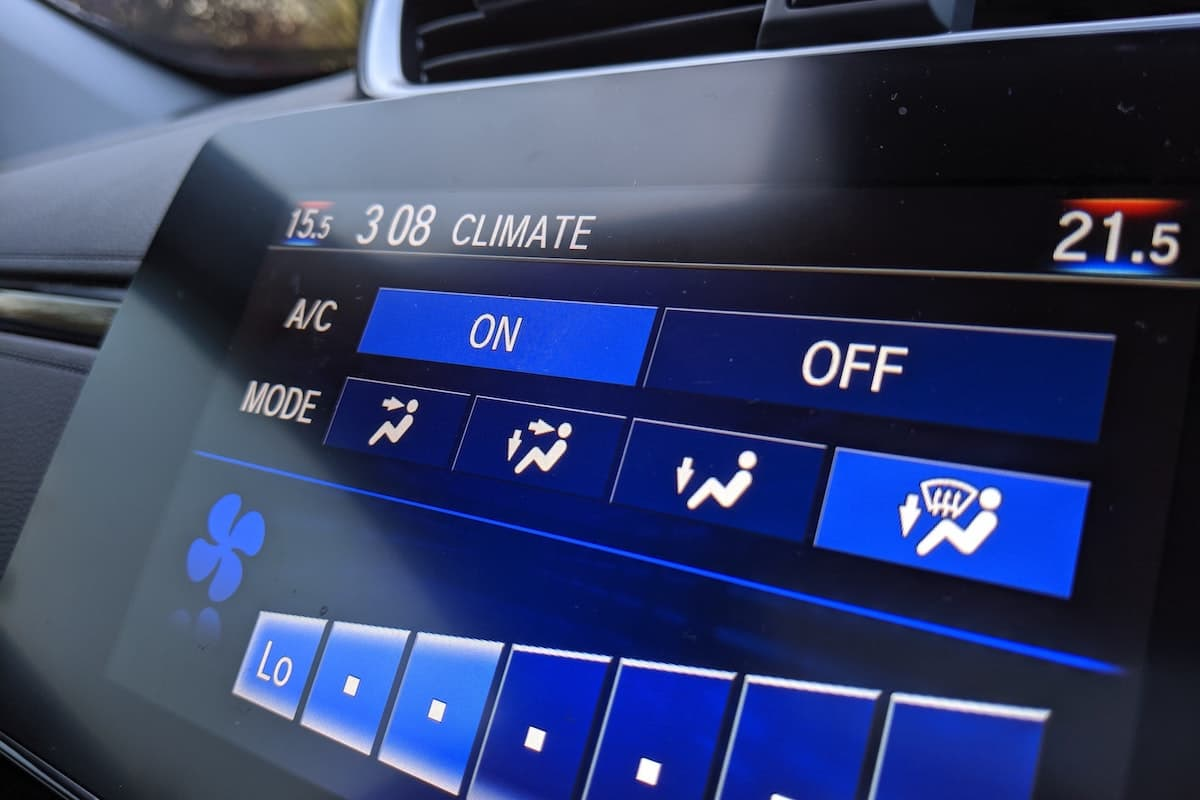 Use air-conditioning to demist your car windscreen | The Car Expert