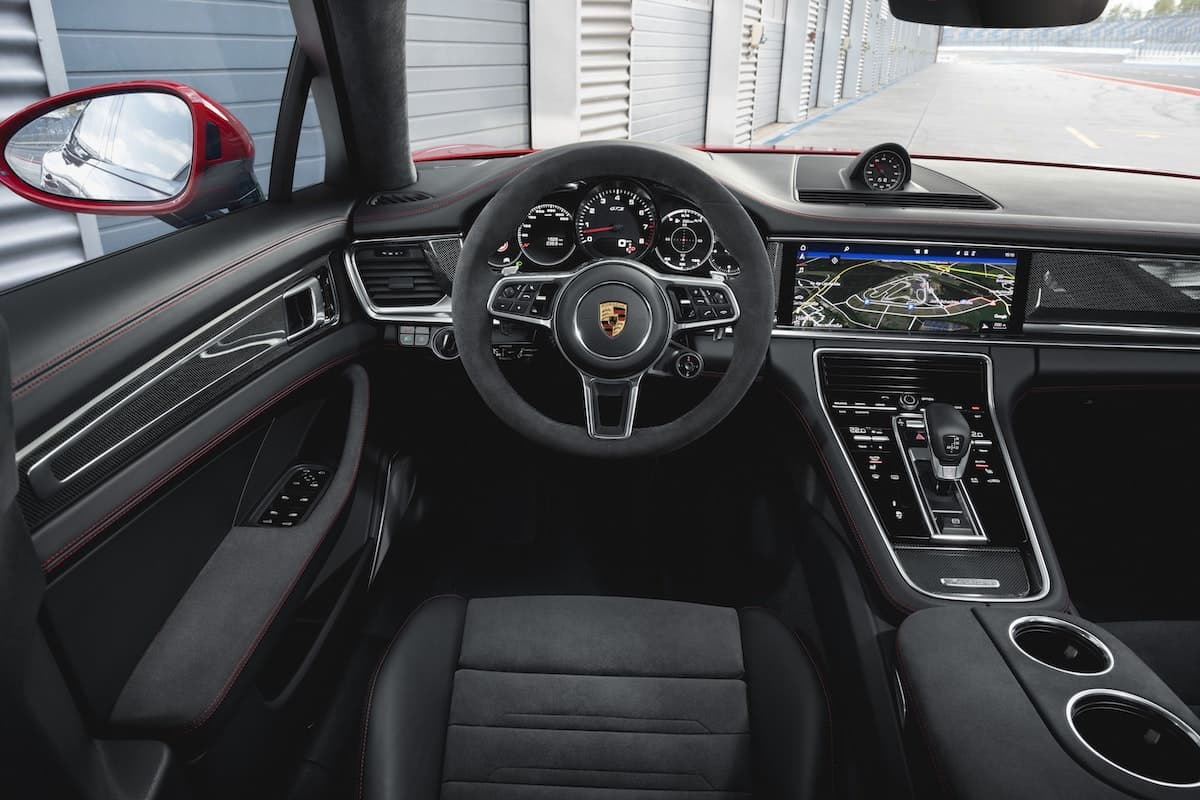 Porsche Panamera GTS review –  interior and dashboard | The Car Expert