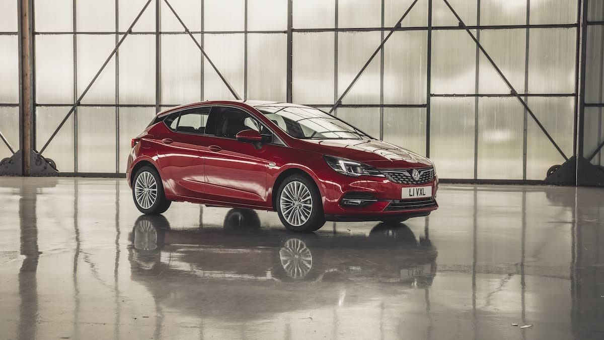 Vauxhall Astra review 2019 – exterior front | The Car Expert