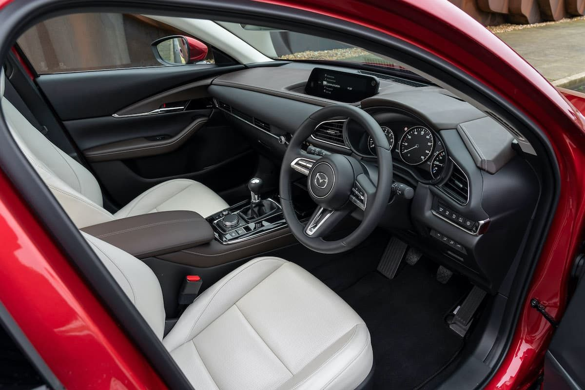Mazda CX-30 review - front seats | The Car Expert