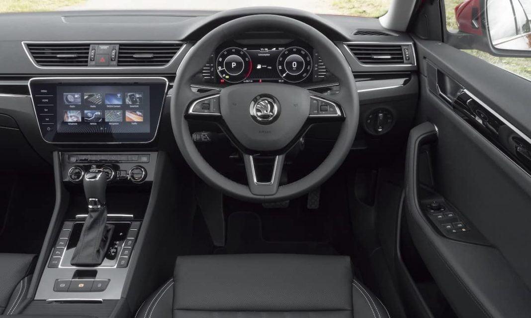 Skoda Superb - dashboard | The Car Expert