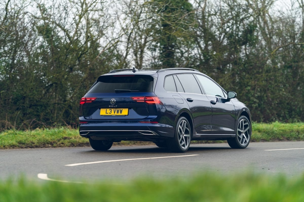 Volkswagen Golf Estate (2021 onward) - rear view