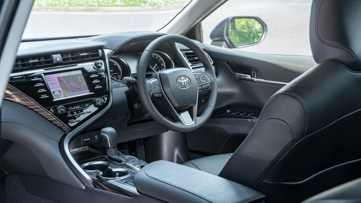 Toyota Camry (2019 - present) - interior | The Car Expert