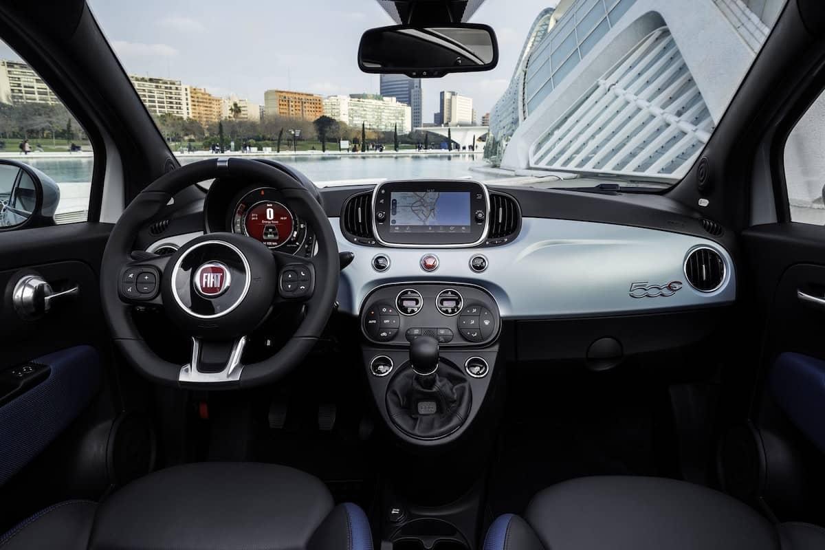 Fiat 500 Hybrid review - interior   The Car Expert