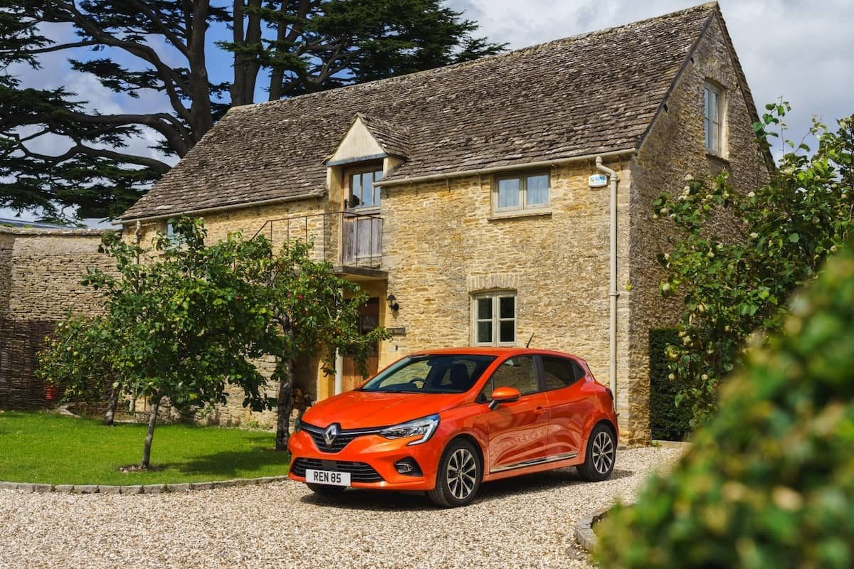 2020 Renault Clio review - front