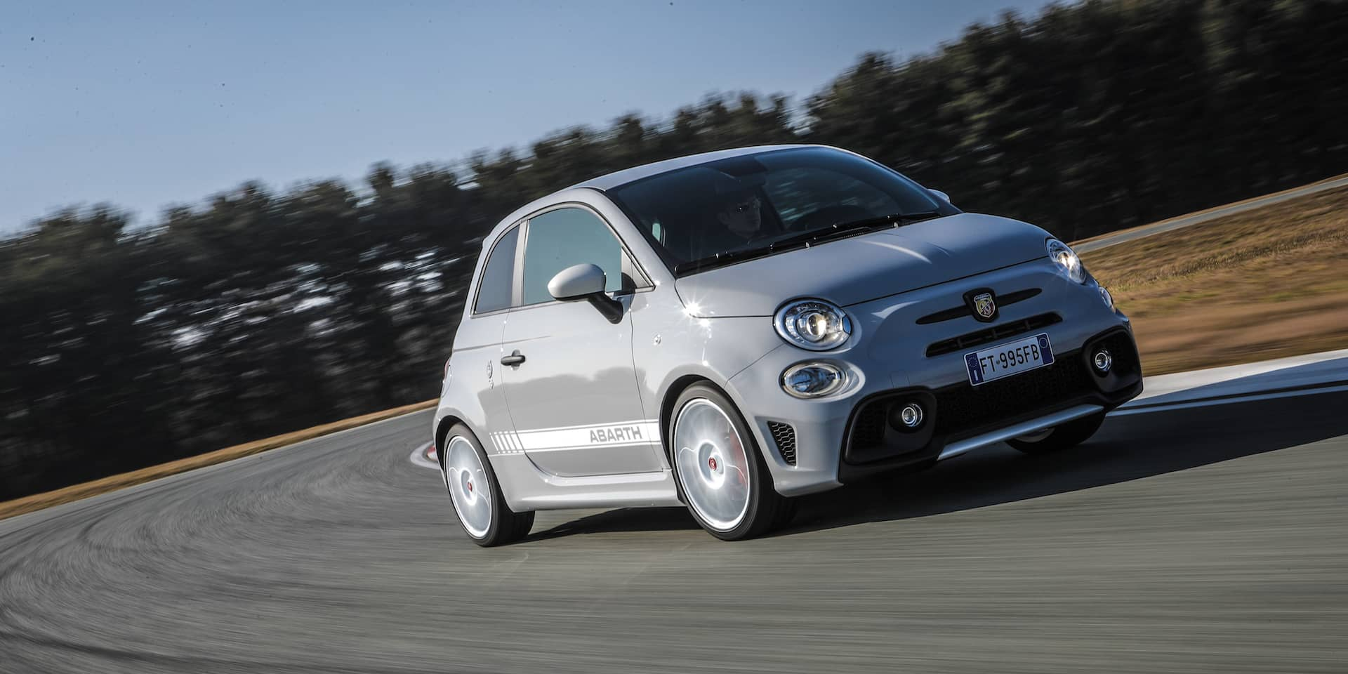 Abarth 595 Esseesse Test Drive New Car Reviews 2020 The Car Expert