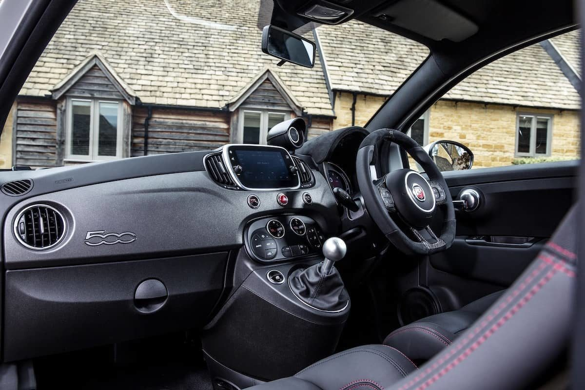 Abarth 595 Esseesse review - dashboard