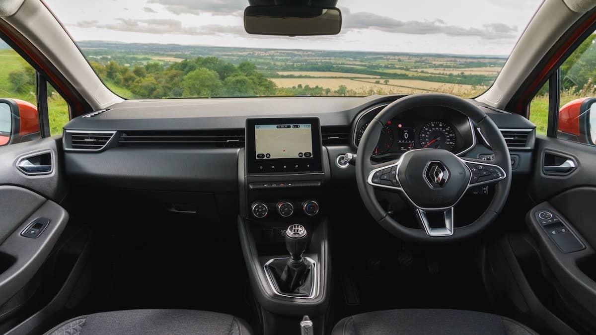 2020 Renault Clio interior and dashboard