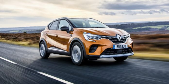 Renault Captur test drive 2020 | The Car Expert