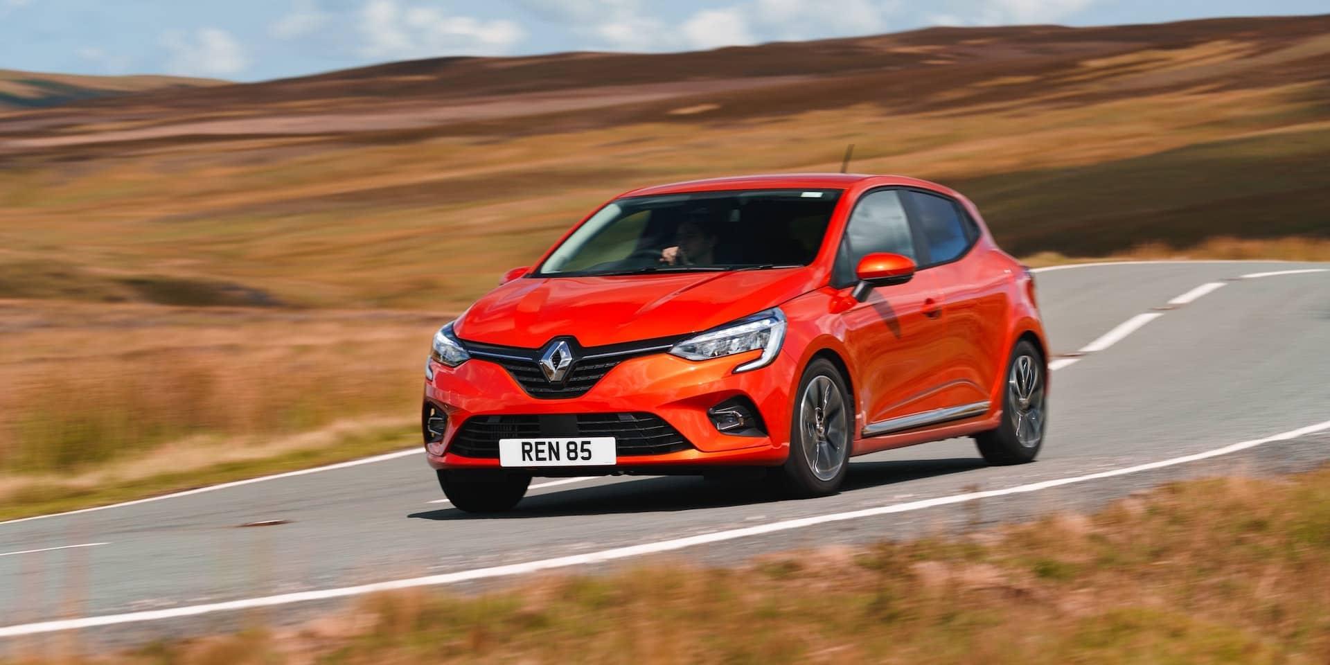 2020 Renault Clio review wallpaper
