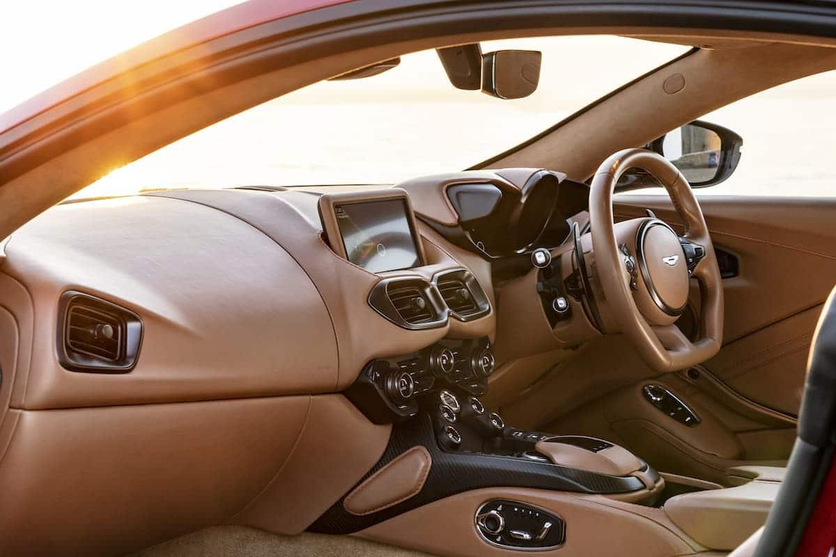 2018 Aston Martin Vantage - interior