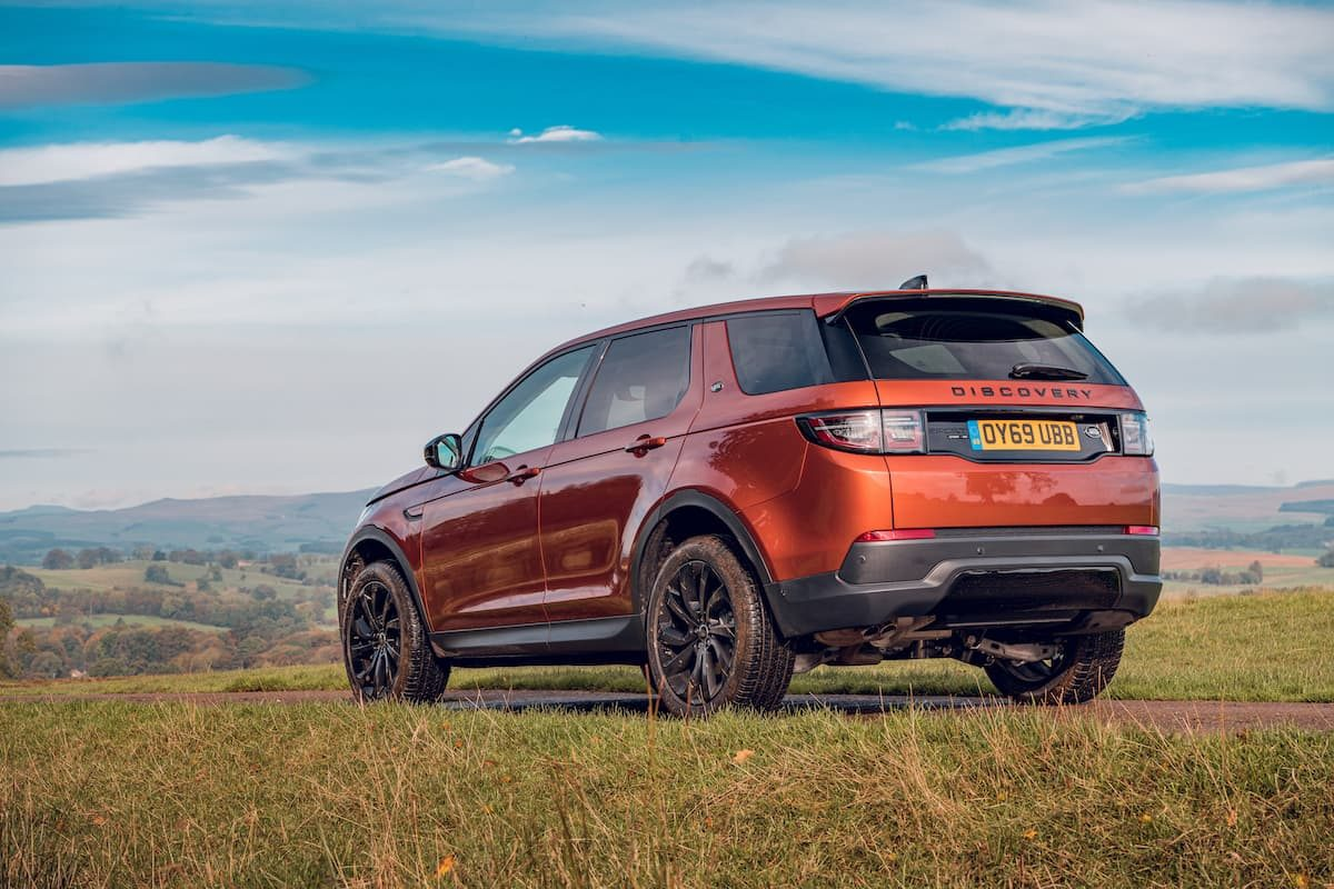 Land Rover Discovery Sport (2019) rear | The Car Expert