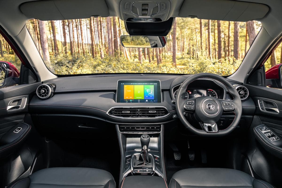 MG HS (2019 onwards) - interior and dashboard