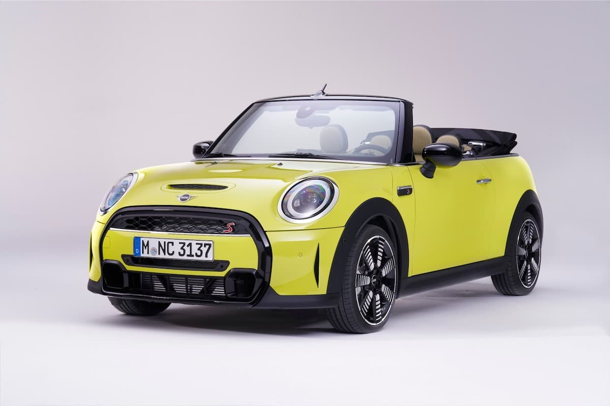 Mini Convertible (2021 onwards) - front view