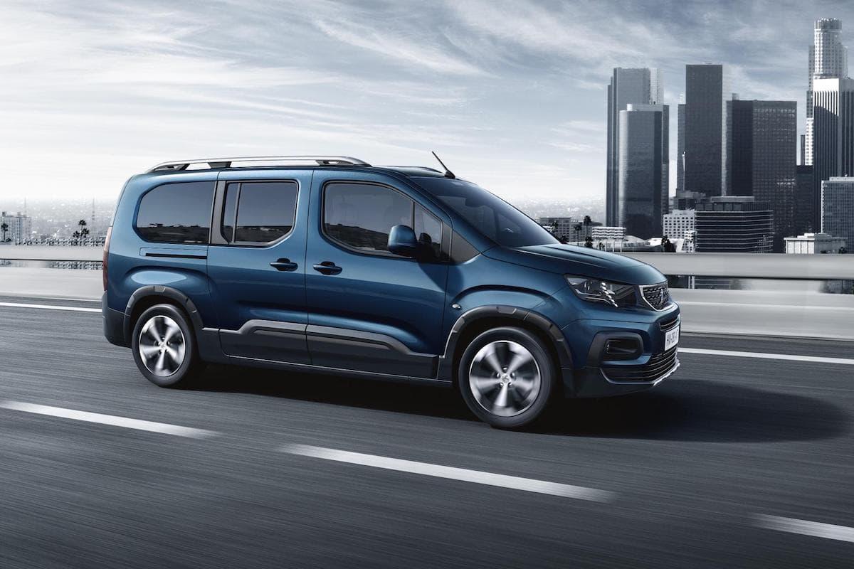 Peugeot Rifter (2018 onwards) side profile