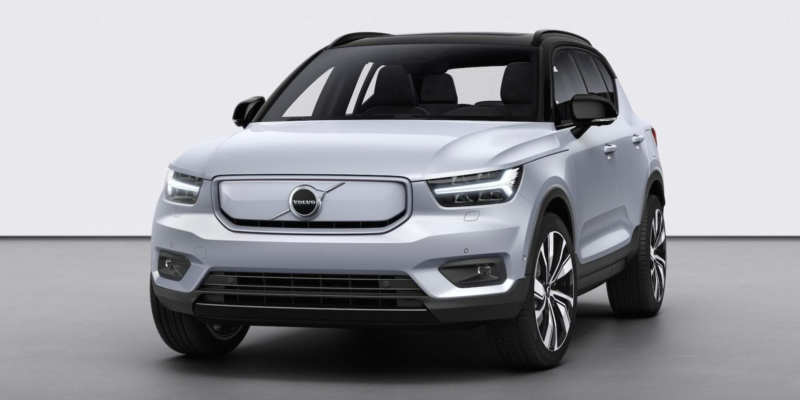Volvo XC40 Recharge P8 - front   The Car Expert