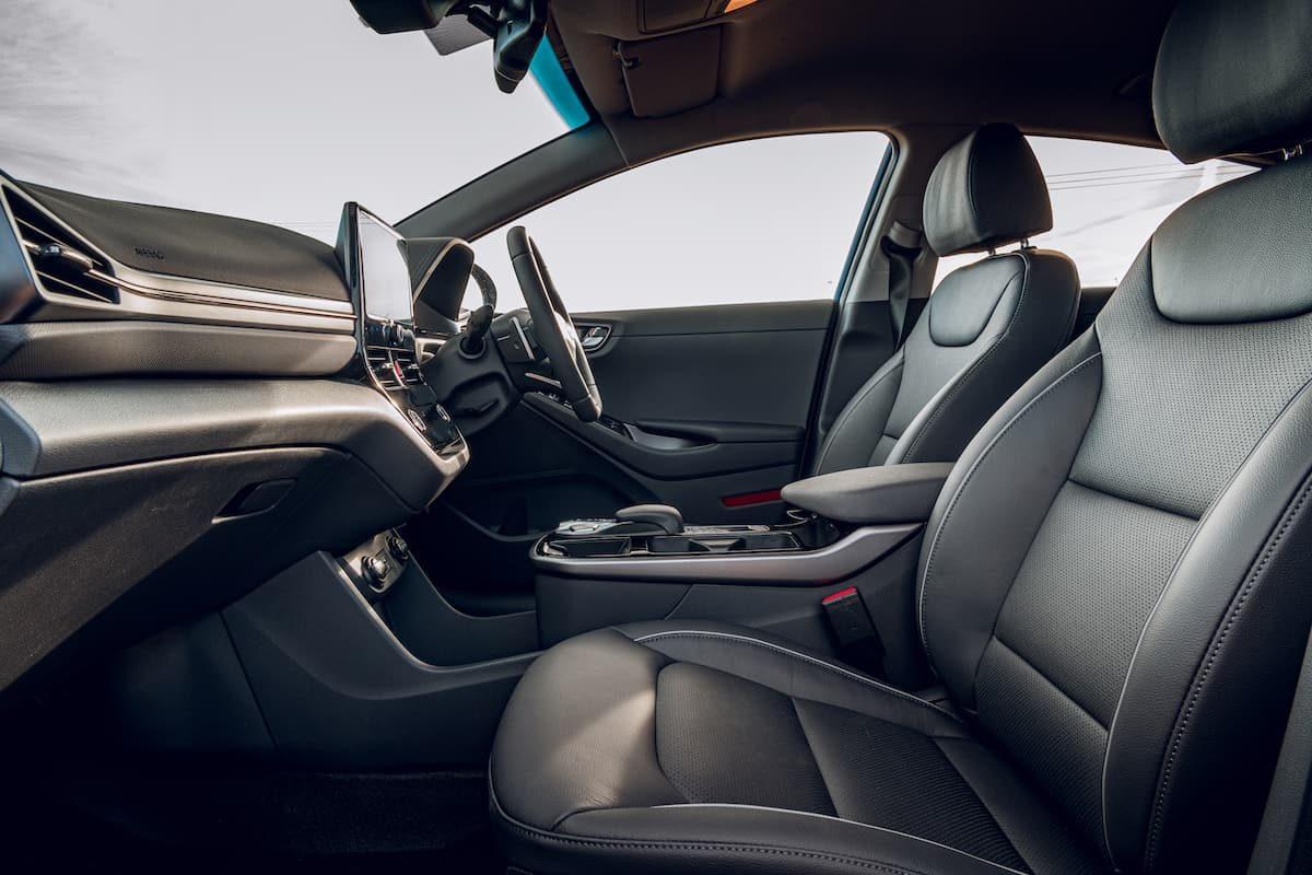 2020 Hyundai Ioniq Electric review - interior front