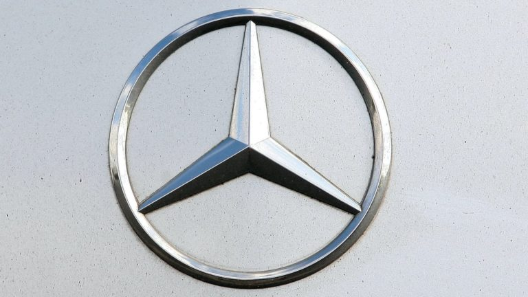 Mercedes facing potential court action over 'defeat devices' in diesel cars
