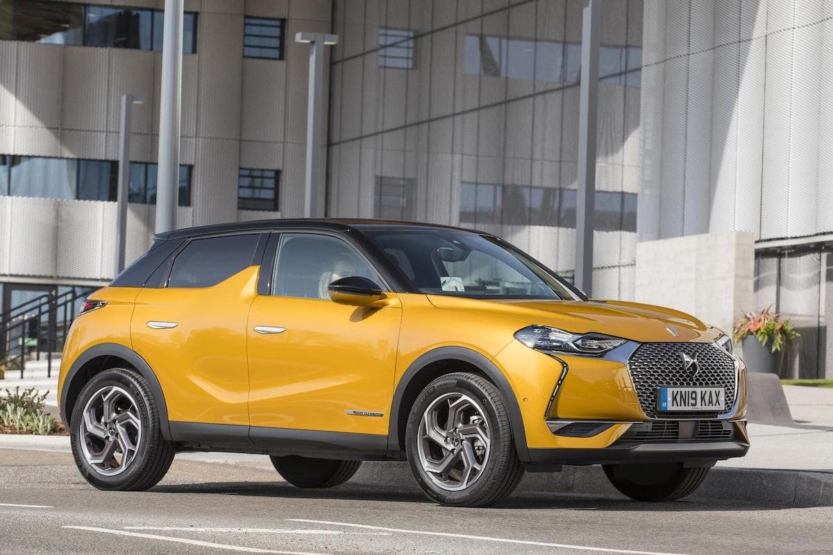 DS 3 Crossback Performance Line - front