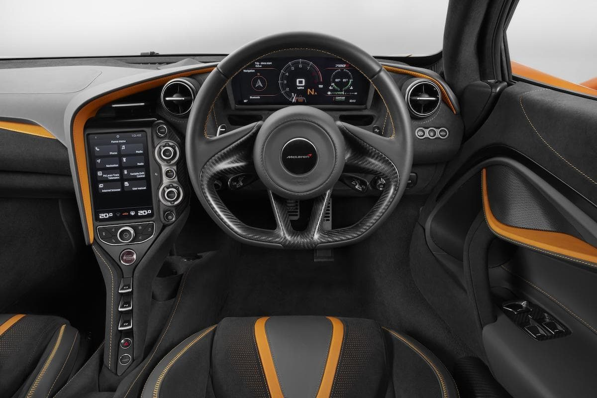 McLaren 720S (2017 onwards) - interior and dashboard