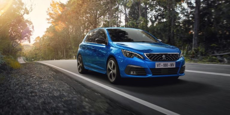 Updated Peugeot 308 revealed
