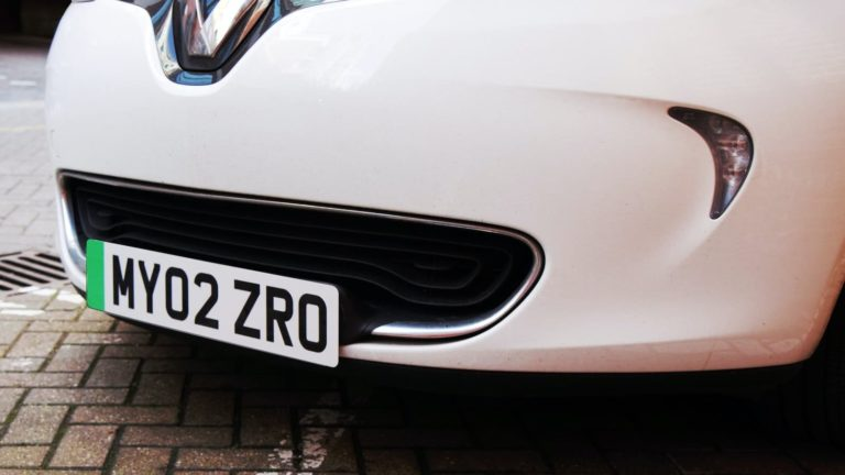 Green number plates for electric cars on the way