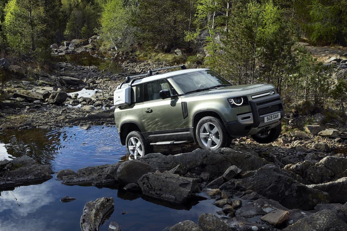 Land Rover Defender 90 (2020 onwards) – front