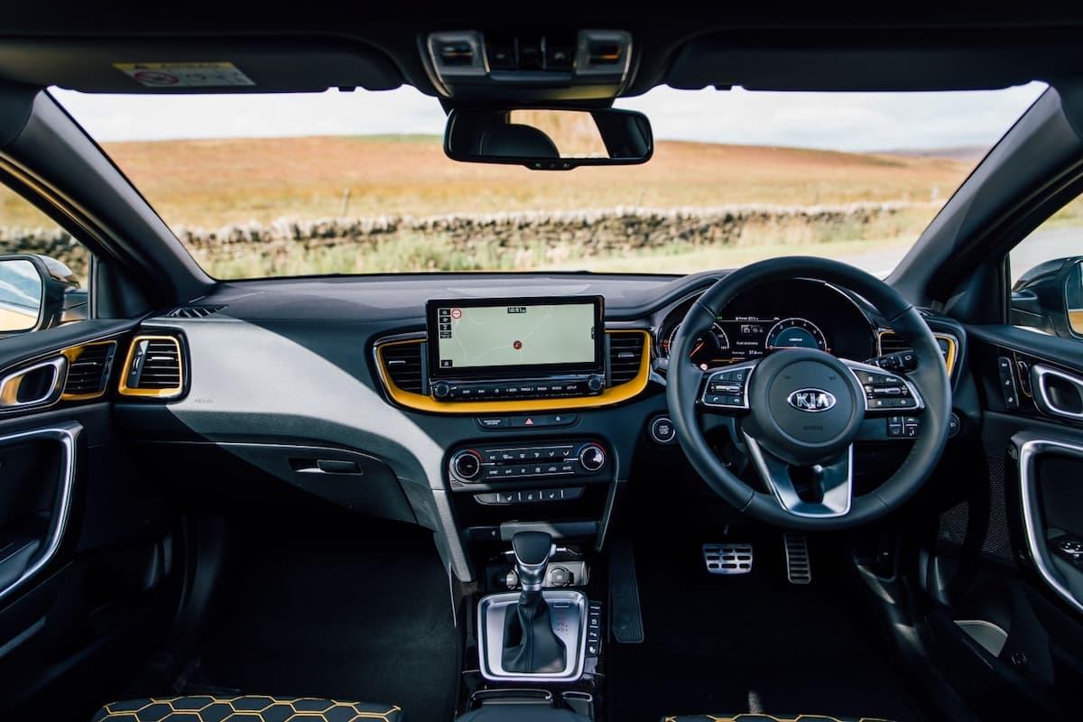 Kia XCeed (2019 onwards) – interior and dashboard